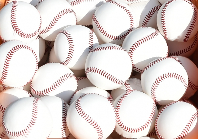 ぼーっとしているとボールが2つに見える